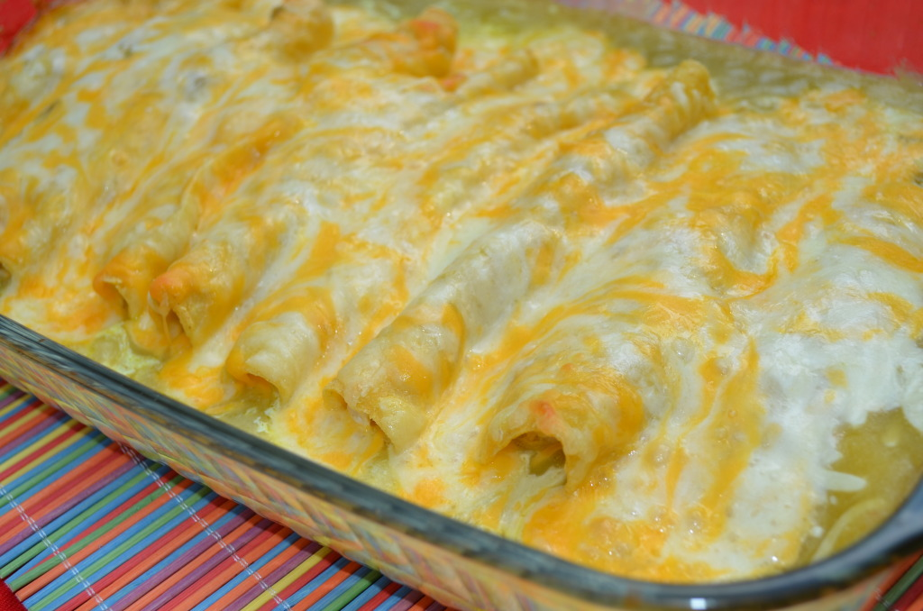 recipe: chicken enchiladas with cream of chicken soup and enchilada sauce [4]