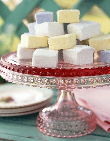 Homemade Marshmallows--Easy and Scrumptious!