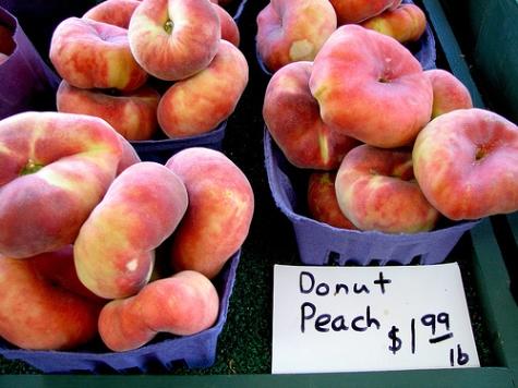http://www.dvo.com/newsletter/weekly/2013/08-23-078/w_images/peach_season1.jpg