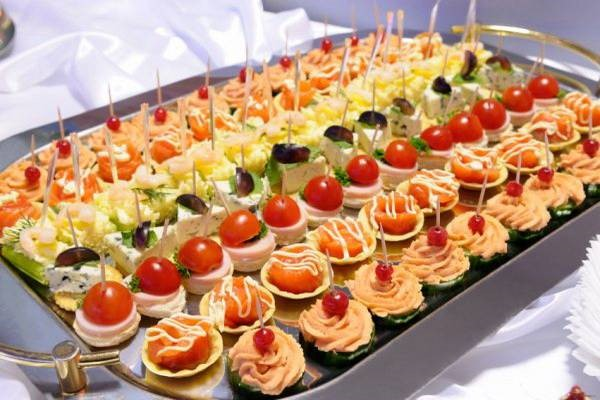 Wedding Reception Food Ideas On A Budget: Alluring Hors D'oeuvres