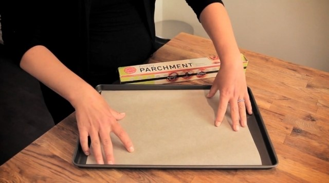 parchment vs wax paper Wax paper and parchment paper might look similar, but they serve very different purposes in the kitchen.