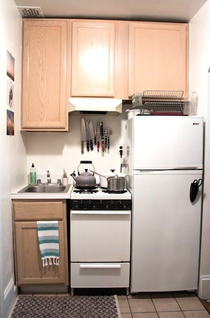10 steps to successful small space cooking - Refrigerator small spaces style ...