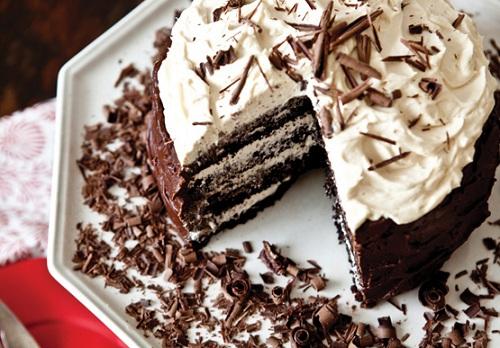 Chocolate Fudge Dream Cake
